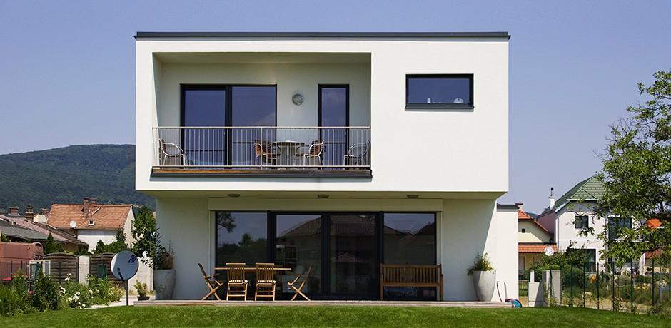 flachdachhaus in labuch lieb fertighauslieb fertighaus. Black Bedroom Furniture Sets. Home Design Ideas