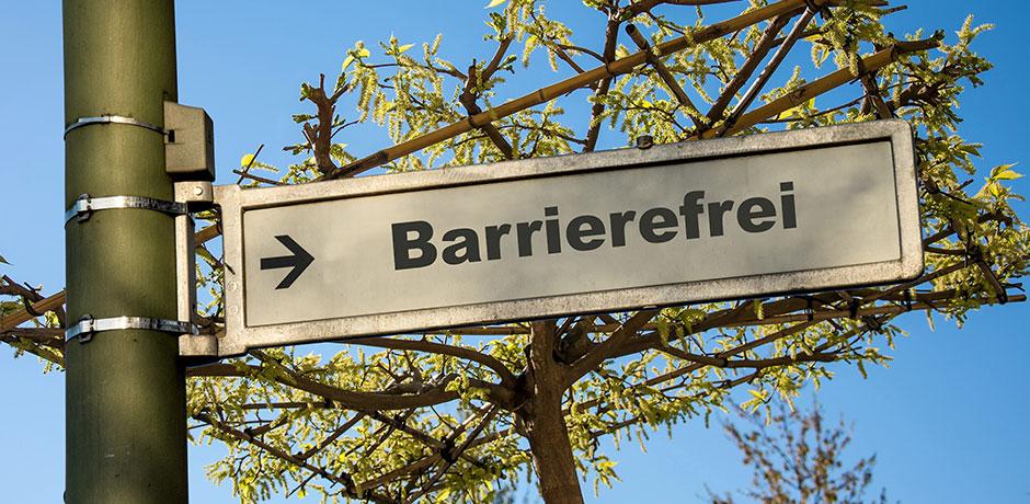 Imagebild Barrierefreiheit: Straßenschild mit Aufschrift